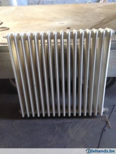 gietijzeren radiator in perfecte staat