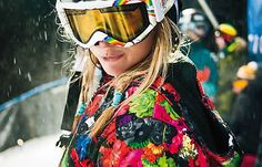 Burton #snowboard the pattern of her coat is the graphic on my board