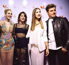 Violetta And Leon, Netflix Kids, Clara Alonso, Disney Channel Shows, Series Movies, Singers, Sequin Skirt, Tv Shows, It Cast