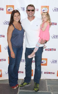 Scott Foley Photos Photos - Actor Scott Foley (C), wife Marika Dominczyk and daughter attend the Sixth Annual Kidstock Music And Arts Festival at Greystone Mansion on June 3, 2012 in Beverly Hills, California. - 6th Annual Kidstock Music And Arts Festival - Arrivals