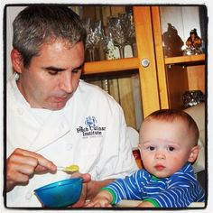 Tumblr -  Chef Rob feeds baby Rory his homemade baby-food -    Contact Redkingkitchen.com to find out about our baby food making lessons in NYC.