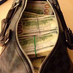 Dess magiska sätt pengarna flödar till mig-det visar bara:-)