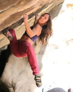 It's time to start planning fall and winter climbing trips! We've put together a list of the top 10 outdoor rock climbing festivals in North America. Climbing Girl, Rock Climbing Shoes, Ice Climbing, Climbing Pants, Yosemite Climbing, Dynamic Poses, Fitness, Mountaineering, Climbers