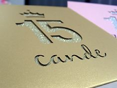 Tarjetas de 15 sobre calado mas glitter #invitacionesconglitter15años #tarjetasconglitter #invitaciones con brillo #tarjetasde15conbrillo #tarjetasde15conglitter 15th Birthday Cakes, Blue Birthday, Sweet 15, Ideas Para Fiestas, Birthday Decorations, Invitations, Decor Ideas, Wedding, 15 Years