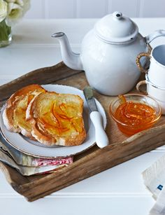 Seville orange marmalade http://www.sainsburysmagazine.co.uk/recipes/breakfast/preserves/item/seville-orange-marmalade