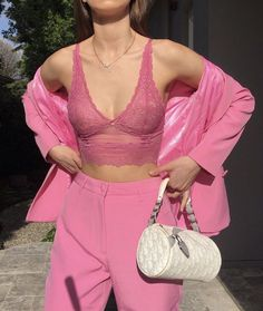 fashion killa Source by ideas Aesthetic Fashion, Aesthetic Clothes, Aesthetic Boy, Pink Outfits, Fashion Outfits, Grunge Outfits, Stylish Outfits, Rosa Rock, Diy Vetement
