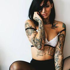 @itsbeepss by @justinswainphotography #altgirls #altgirls #altmodels #armtattoo #modelswithink #modelswithtattoos #ink #inked #inkedgirls #inkedwomen #inkedmodels #girlswithink #girlswithtattoos #womenwithink #womenwithtattoos #tattoo #tattooed #tattooedgirls #tattooedmodels #tattooedwomen