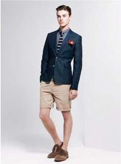 I like this kind of Preppy style!