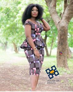 ankara mode Latest Ankara Short gown 50 + Amazing Ankara Short Gown Designs To Try Out Short African Dresses, Ankara Long Gown Styles, African Print Dresses, Ankara Styles, African Prints, African Fabric, African Dress Designs, Ankara Short Gown, Short Dresses