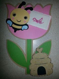 Cricut Create a Critter Flower w/Bee and Hive  www.angelssendinghope.com