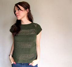 Image from http://www.aknittingblog.com/wp-content/uploads/2014/03/Open-Knit-Striped-Sweater-Sweater-Pattern.jpg.