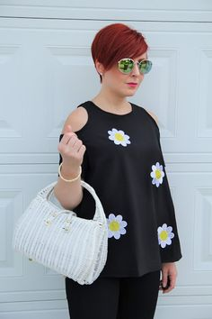 Thrift and Shout: Cute Outfit of the Day: Retro Daisy Top