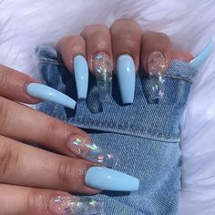In seek out some nail designs and ideas for your nails? Listed here is our set of must-try coffin acrylic nails for stylish women. Diy Acrylic Nails, Cute Acrylic Nail Designs, Summer Acrylic Nails, Acrylic Nails Light Blue, Holographic Nails Acrylic, Ballerina Acrylic Nails, Sky Blue Nails, Blue Ombre Nails, Colored Acrylic Nails