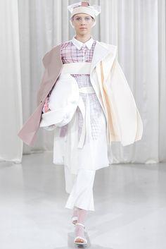 Designer: Alíz Simon Anti Fashion, Young Designers, Sari, Posts, Clothes, Saree, Outfits, Messages, Clothing