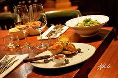 #chefstable #bourgondischdenbosch #wijnkast #gin #denbosch #tonic #denbosch #eten #korteputstraat #food #AIX #wijn #restaurant #bar #burger #carpaccio #kreeft #vis #vlees #lekkereten #restaurants #bier #gintonic #rosé #visrestaurant #vleesrestaurant #bistroallerlei #allerleienvisserij #lunch #diner