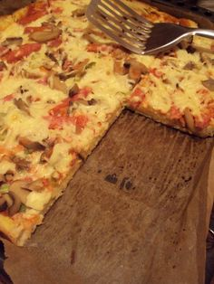 Cristina's world: Pizza cu blat din paine Stromboli, Calzone, Hawaiian Pizza, Dishes, Cooking, Recipes, Food, Home, Food And Drinks