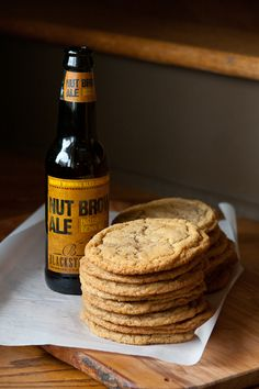 Chewy Brown Sugar & Brown Ale Cookies from @ErinsFoodFiles