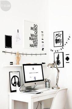 Claves para tener una oficina nórdica en tu hogar #hogar #decoración #hogardiez #estilo #nórdico #escandinavo #láminas #Eames #blanco #negro www.hogardiez.com