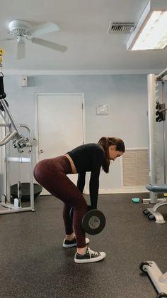 Hamstrings - Cristine P. Hamstring Workout, Dumbbell Workout, Butt Workout, Gym Workouts, At Home Workouts, Fitness Workout For Women, Fitness Goals, Yoga Fitness, Fitness Motivation