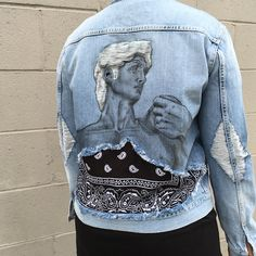 Repurposed: Carlton Yaito Makes Wearable Art From Distressed Denim Painted Jeans, Painted Clothes, Hand Painted, Diy Clothing, Custom Clothes, Denim Fashion, Look Fashion, Denim Kunst, Green Label