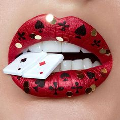 Aprecie a incrível arte labial da maquiadora e fotógrafa Vlada Haggerty Enjoy the incredible lip art of makeup artist and photographer Vlada Haggerty Astounding Learn To DSuperman superhero symbolMakeup artist wows Instag Lipstick Designs, Lip Designs, Makeup Designs, Eyeshadow Designs, Eyeshadow Makeup, Orange Lips, Red Lips, Black Lips, Makeup Looks