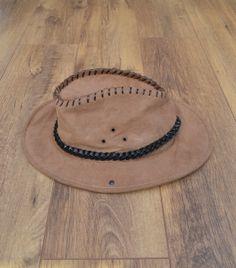 Vintage Suede Hat by SCORPIORSGVINTAGE on Etsy 3119b876c3c8