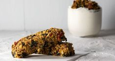 Gluten Free Bars, Nutrition Chart, Baked Vegetables, Oat Bars, Processed Sugar, Good Fats, Dried Tomatoes, Raw Food Recipes, Quick Easy Meals