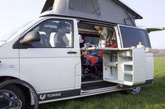 Tonke Kampeerbus - http://www.campingtrend.nl/tonke-kampeerbus/