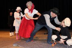 Vystúpenie školského divadelného súboru Čarohlások  - Obrázok 3