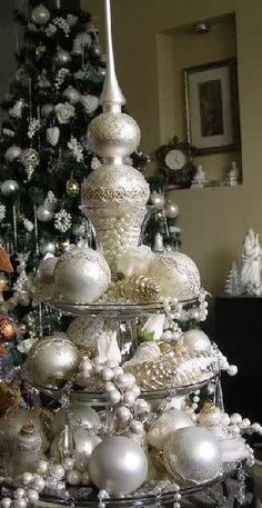 Don't have room for a tree try this Elegant Christmas table tree Silver Christmas, Elegant Christmas, Noel Christmas, Beautiful Christmas, Vintage Christmas, Christmas Crafts, Christmas Baubles, Christmas Tablescapes, Christmas Centerpieces