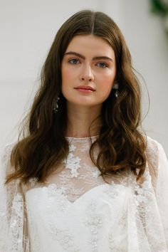 The Prettiest Hairstyles from Bridal Fashion Week Fall 2017