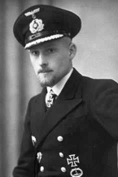 "Korvettenkapitän Hans-Gerrit von Stockhausen (1907-1943), Kommandant Unterseeboote ""U 65"", Ritterkreuz 14.01.1941"