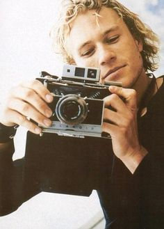 Combining two of my favorite things - Heath Ledger, and taking photos of people taking photos. Love :-)