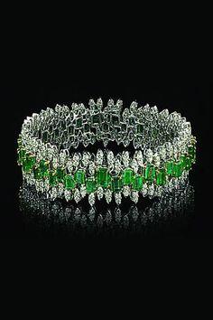 Varuna D Jani emerald and diamond bracelet