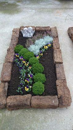 Precious Tips for Outdoor Gardens - Modern Garden Art, Garden Design, Garden Wallpaper, Cemetery Decorations, Cemetery Flowers, Plantar, Lawn Care, Summer Flowers, Garden Projects