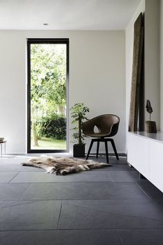 grey stone is a perfect idea for an entryway because here we need maximal durability