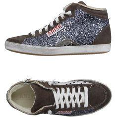 Chaussures De Sport Faible H Argent Métallique? Gl vd2TCU