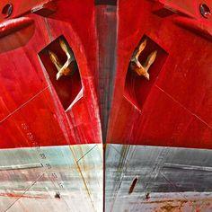 Etrave rouge (Philip Plisson) Rencontres Photo Arles, Photographs, Colour, Photo Galleries, Sailing Ships, Painting Art, Color, Photos, Colors