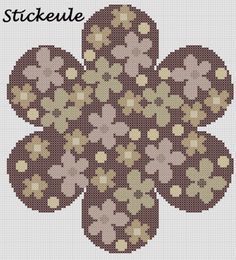 Stickeule: all'uncinetto