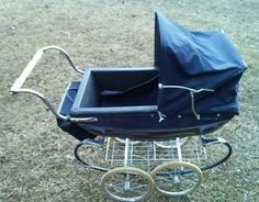 Vintage Pram, Retro Vintage, Silver Cross Prams, Italian Baby, Dolls Prams, Baby Prams, Baby Carriage, Vintage Silver, Baby Strollers