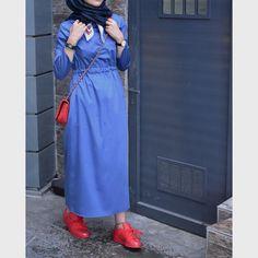 İçten kemerli elbisenin mavi rengi Sipariş ve detaylar için dm veya Whatsapp 05321138995