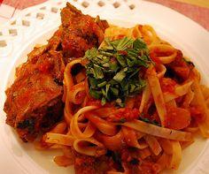 simply vicky | a food and fashion blog: Braised Pork Neckbones in Garlic Tomato Gravy