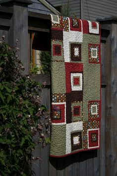 Corner Block Quilt by shinersview blogspot with tute