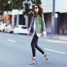 22 Outfits to Nail Fall Style Like a Pro: Fall means it's time to layer up, but how do you avoid all the bulkiness and stay warm while keeping your outfits on point?