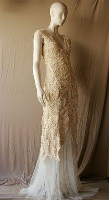 Beautiful crochet over-dress. I think I have to make something like this.