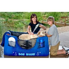 Save 65 on a portable collapsible dog wash bath tub only 3499 amazon maze pets portable and inflatable dog bathing station pet supplies solutioingenieria Gallery