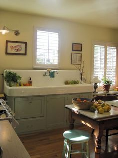 Awesome updated fatmhouse kitchen with 2 dishwashers under the vintage sink. What a Cool looking Vintage Sink! Farmhouse Sink Kitchen, Kitchen Redo, New Kitchen, Kitchen Remodel, Kitchen Dining, Farm Sink, White Farmhouse, Kitchen Furniture, Farmhouse Style