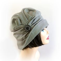 Vintage+Inspired+Cloche+Hat+The+Alice+in+Black+by+TheWaughdrobe,+$114.50