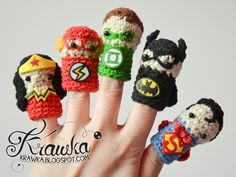 Finger Puppets Justice League Pack: Superman, Batman, Flash, Wonder Woman and Green Lantern - Free Amigurumi Crochet Pattern here: http://krawka.blogspot.com.es/2015/01/its-bird-its-plane-no-its-finger.html