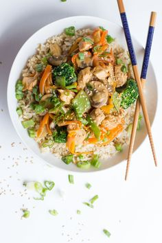 This 30 minute Healthy Chicken Stir Fry is a great way to get in a ton of veggies into a weeknight supper.